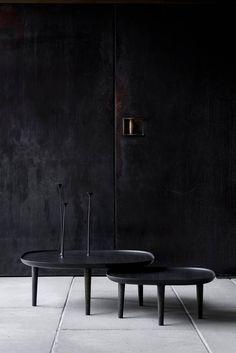 Fiori Wooden Tables with Handcrafted Flowers by Poiat Studio - Design Milk Black Furniture, Table Furniture, Furniture Design, Contemporary Furniture, Design Scandinavian, Black Interior Design, Oak Stain, Dark Interiors, Alvar Aalto