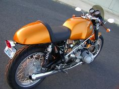 BMW R90S #CafeRacer #TonUp