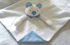 Naninha em Soft Ursinho, feito totalmente em Soft e tecido de algodão, super fofinho, temos nas cores amarelo, Branco, azul, Rosa , Verde! Podendo a escolha de cores ficar a critério do cliente!