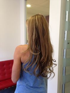 creiamo  lunghezza, volume ,in modo totalmente naturale con capelli Europei di primissima scelta