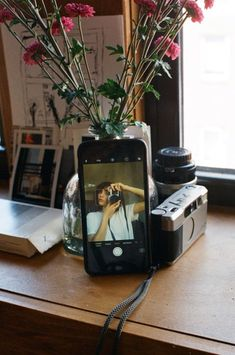 Selfies curiosas que puedes tomarte en casa durante esta cuarentena