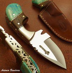 Antonio Banderas' 1-OF-A-KIND RARE CUSTOM SKINNING KNIFE |  FULL TANG | DAMASCUS