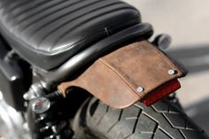 XS650 leather detail