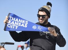 Eric Hosmer, KC, at parade for the ROyals in KC, Nov 3, 2015