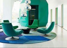 Modernidade em tons de azul e verde!! Difícil escolher uma imagem que represente o trabalho da designer @jadejagger no empreendimento Lodha Fiorenza da rede @yoodesignstudio. Este fica em Mumbai na Índia. #design #decoration #blueandgreen #designdeinteriores #interiordesign #yoodesign #yoodesignstudio #interiores #jadejagger #mumbai #india #lodhafiorenza #livinghousedesign