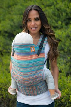 Heart-Strings Handwoven 'Golden Gate Gris Fonce' TULA BABY CARRIER