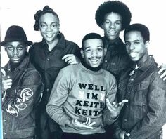 The Funky Four is a rap group that made music history. They were the first rap group to have a female rapper among its membership and the first of its kind to get signed to a record label, Enjoy Records, in Hip Hop Hits, 80s Hip Hop, Hip Hop And R&b, Hip Hop Rap, Jamel Shabazz, History Of Hip Hop, Black History Facts, Hip Hip, Hip Hop Artists