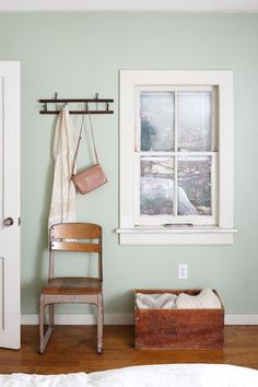 A Kingston Home For Creative Mint Paint Colorspaint Colors Homesage Green