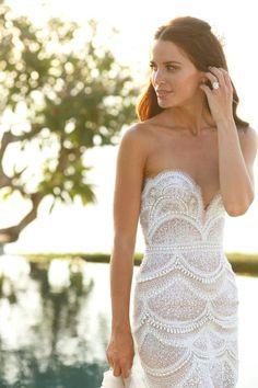 Exotic Beach Wedding Dresses | Jodi Gordon wedding dress | tropical beach wedding