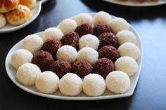 irmikli toplar Chewy Sugar Cookies, Iftar, Healthy Choices, Doughnut, Tea Time, Raspberry, Deserts, Food And Drink, Cupcake