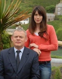 Martin Clunes and Caroline Catz from  Doc Martin.....I love Louisa's look.  Very pretty lady.