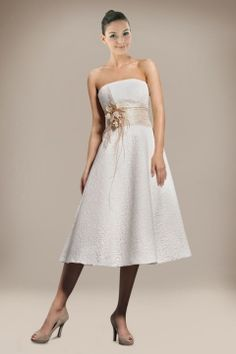 Breath-taking A-line Tea-length Wedding Gown with Flowers and Lace Cover for Summer Wedding