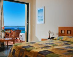 Superior family rooms in Crete, in Malia town, by Sirens hotels resort. Spacious rooms ideal for up to 4 people, all fully equipped.