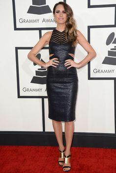 Brillos, escotes y transparencias, en la alfombra roja de los Grammy