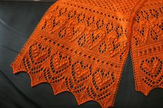 A cute little scarf and a small shawl that feature traditional Estonian lace design elements. The scarf would be perfect to use up a skein of precious hand-dyed sock yarn or this 50 grams of luxurious lace yarn that's been sitting in your stash for a while now. The shawl needs a bit more yarn, of course, but if you choose a fine fingering weight 100 grams will see you through.