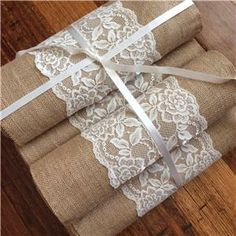 Hessian + lace table runner - add to sort of old-timey theme :)