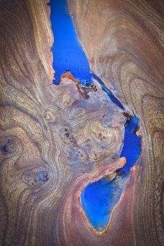 Elm and resin table detail