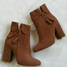 Sock Shoes, Shoes Heels Boots, Knee High Stiletto Boots, Cinderella Shoes, Stylish Boots, Fresh Shoes, Cute Boots, Mode Hijab, Pretty Shoes