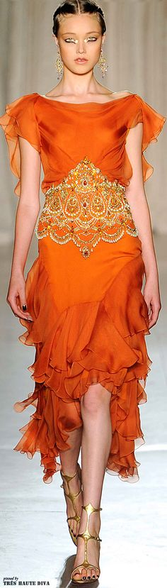 See the entire collection from the Marchesa Spring 2013 Ready-to-Wear runway show. Orange Fashion, Love Fashion, High Fashion, Beautiful Gowns, Beautiful Outfits, Cool Outfits, Fashionable Outfits, Glamour, Looks Dark