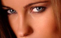 Alfa img - Showing > Kyla Cole Makeup