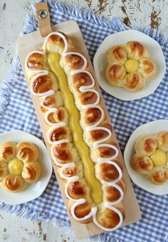 Sweet Bakery, Bread Rolls, No Bake Cake, Hot Dog Buns, Waffles, Food Porn, Food And Drink, Sweets, Baking