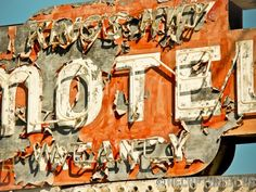 Kings Hi-Way Motel (Santa Clara, CA).  Vintage sign photography by Recapturist. Purchase as a print or canvas. Many sizes available. http://www.recapturist.com/portfolio/kings-hi-way-motel/