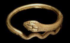 Pulsera de oro en forma de serpiente. Pompeya.