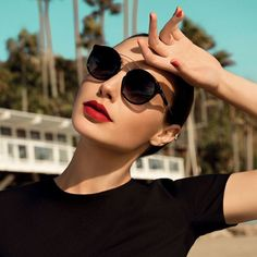 "23.4k Likes, 185 Comments - Gal Gadot (@gal_gadot) on Instagram: ""I'm ready for the hottest summer. #coolray @Errocafashion"""
