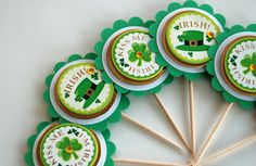 Items similar to Kiss Me - I'm Irish St. Patty's Day Cupcake Toppers on Etsy Green Cupcakes, Lollipop Sticks, Soda Bread, Pinwheels, Hostess Gifts, Craft Tutorials, Holidays And Events, Paper Goods, Cupcake Toppers