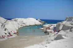 If you are a first-time visitor to greece you want to know what not to miss. there are many different places that get all of the attention as tourist Globe Guest Books, Sarakiniko Beach, Places In Greece, Historia Universal, Road Trip Destinations, Most Beautiful Beaches, Road Trip Usa, Greece Travel, Beach Fun