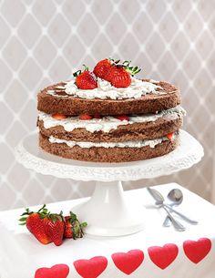 Michalův nahý dort Naha, Vanilla Cake, Food, Meals, Yemek, Eten