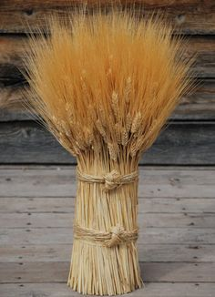 Vertical Wheat Cones Bundles from drieddecor.com