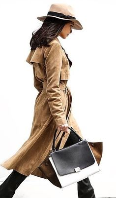 Everything is on point with this superchic Fall look. | Shop trench coats at shopstyle.com