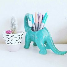 Last Trending Get all images dinosaur home decor Viral c a fcd e ef daf f eaa Clay Crafts, Diy And Crafts, Cubbies, Work Cubicle, Cubicle Ideas, Cute Office, Desk Organization, Desk Accessories, Organizer