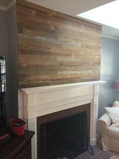 Plank wall above fireplace. Plank Walls, Log Furniture, New Homes, Loft, Living Room, Home Decor, Planked Walls, Decoration Home, Room Decor