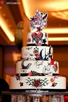 Love this pinup style wedding cake