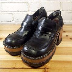 LONDON UNDERGROUND Women's Shoes ~ Black Leather Wood Lug Sole Loafers ~ US 7 M #LondonUnderground #PlatformsWedges