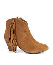 fringing cow boy boots, loving laid back vibe of these beauties