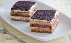 Tiramisu clasic – reteta video via Romanian Desserts, Romanian Food, Romanian Recipes, Chocolate Deserts, Frozen Chocolate, Sweets Recipes, Cake Recipes, Cooking Recipes, Tiramisu