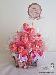 Lollipop Centerpiece Bouquet, doubles as party favor