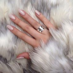 THE NAILS OF THE WEEK: Nude colours for this lovely winter month, February.