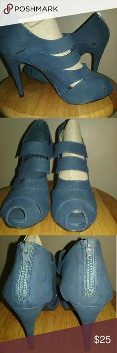 Spotted while shopping on Poshmark: Adorable boutique shoes! #poshmark #fashion #shopping #style #Shoes