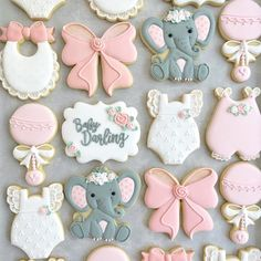 Sweet baby shower sets make me happy! 💕 I was so excited to make more of those adorable little elephants! Baby Girl Shower Themes, Girl Baby Shower Decorations, Baby Shower Fun, Baby Shower Centerpieces, Baby Shower Sweets, Food Decorations, Baby Girl Elephant, Elephant Theme, Elephant Baby Showers