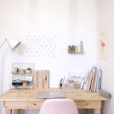 Bedroom Desk, Wood Bedroom, Diy Bedroom, Deco Studio, Desk Inspiration, Desk Inspo, Study Room Decor, Home Office Decor, Home Decor