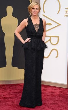 Julia Roberts opts for classic black dress in a bold lace with a deep, but tasteful neckline. Obsessed with this look!