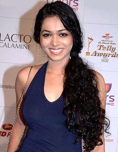 Don't have a crush on Vivian Dsena, I admire him as an actor, says Vaishnavi Dhanraj! - http://www.bolegaindia.com/gossips/Dont_have_a_crush_on_Vivian_Dsena_I_admire_him_as_an_actor_says_Vaishnavi_Dhanraj-gid-37193-gc-16.html