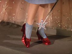 Ruby Slippers...this is the photo that incubated my obsession at a very young age. We used to have two little wizard of oz gift bags when I was little...this photo was on one of them and I never wanted to stop looking at it.