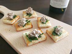 「食パン」とディップで簡単&美味しい。サバ缶とクリームチーズのサンドイッチ | TRILL【トリル】 Spanakopita, Feta, Dairy, Cheese, Ethnic Recipes