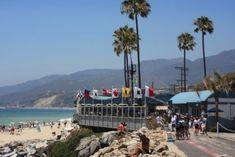 Malibu California, California Travel, California Style, Malibu Restaurants, Pacific Coast Highway, City Of Angels, Sandy Beaches, Places To Travel, Strawberry Mojito