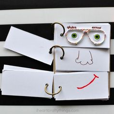 This DIY Funny Face Flip Book makes a great summer boredom buster activity for kids and creative summer craft for kids.